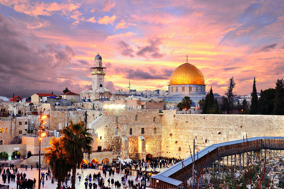 israel christmas tour with anthony sweat